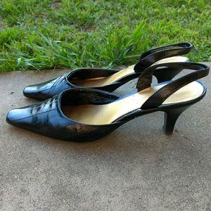 VINTAGE Liz Claiborne Eel Skin Slingback Heels